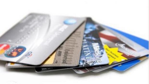 74% россиян пользуются банковскими картами