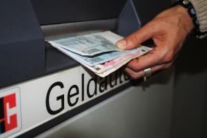 Как снять деньги с карты Киви